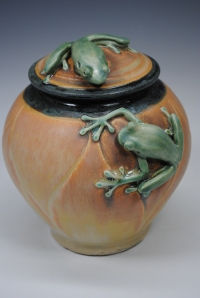 Carved Treefrog Pot