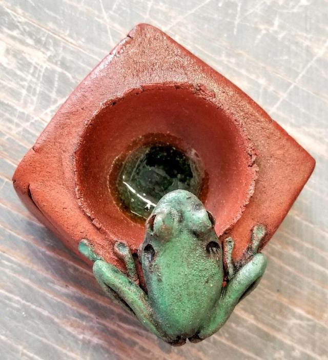 Treefrog Salt Cellar